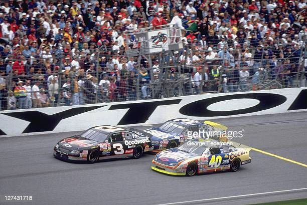 40th NASCAR Daytona 500 Dale Earnhardt Mike Skinner and Sterling Marlin in action at Daytona International Speedway Daytona FL CREDIT George Tiedemann