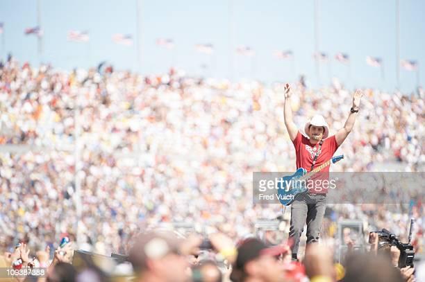 NASCAR Daytona 500 Celebrity singer Brad Paisley performing before race at Daytona International SpeedwayDaytona Beach FL 2/20/2011CREDIT Fred Vuich