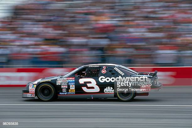 NASCAR Hooters 500 Dale Earnhardt in action during race at Atlanta Motor Speedway Hampton GA CREDIT George Tiedemann