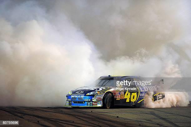 NASCAR Subway Fresh Fit 500 Jimmie Johnson victorious burnout after winning race at Phoenix International Raceway Avondale AZ 4/12/2008 CREDIT Nigel...