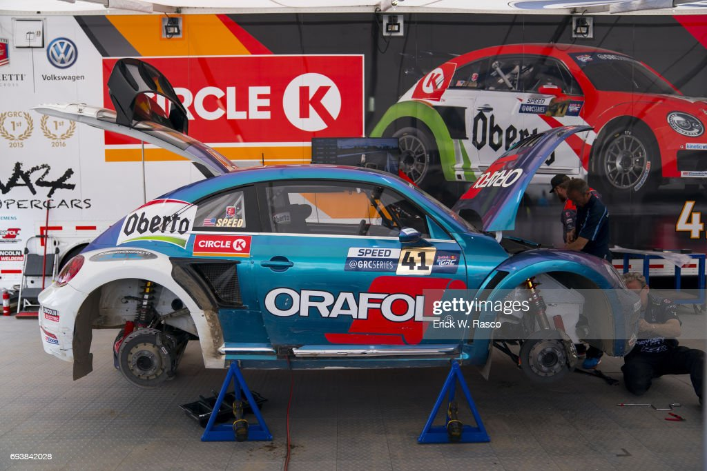 2017 Red Bull Grc Rallycross1 Picture Embed Embedlicense View Of Volkswagen Andretti Team Scott Sd Shell Car Being Worked On Before Race At
