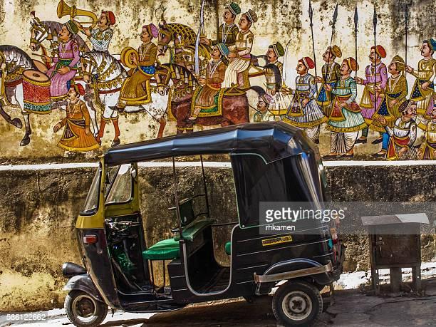 auto rickshaw, udaipur, rajasthan, india - rickshaw stock photos and pictures
