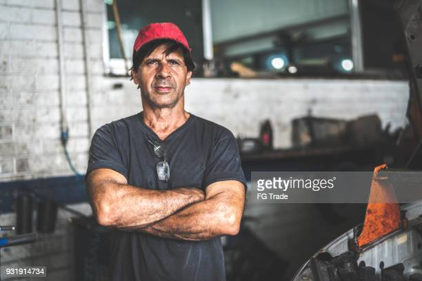 auto service worker/owner - common stock pictures, royalty-free photos & images