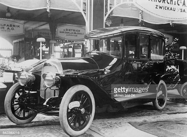 Autoausstellung 1911 BerlinHorchwagen in den ZooHallen