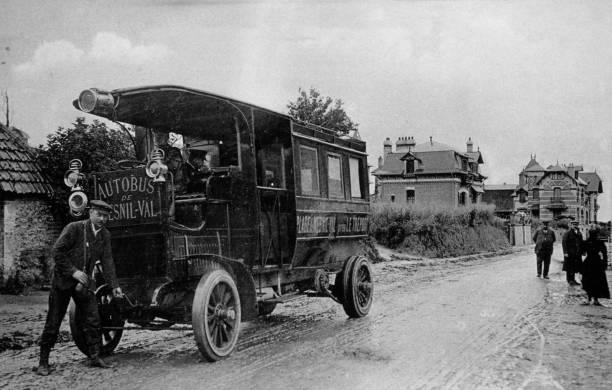 Autobus du Mesnil-au-Val Pictures   Getty Images