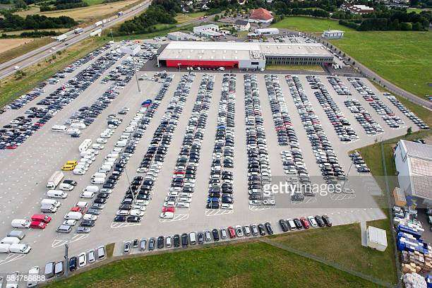 autoexpo car park, aerial view - auction stock pictures, royalty-free photos & images