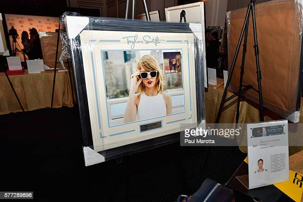 Autographed Taylor Swift photograph to raise money in the silent auction for the 4th Annual David Ortiz Children's Fund Gala in partnership with Mass...