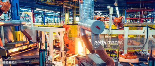 Travail de machine automatisée
