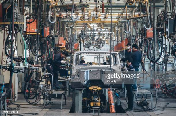usine automobile de soudage assembler ligne - chine photos et images de collection
