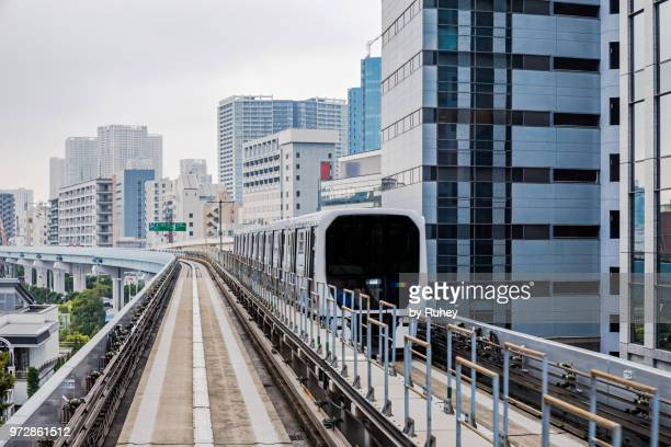 autonomous monorail of odaiba, tokyo (japan) - autonomous technology stock pictures, royalty-free photos & images