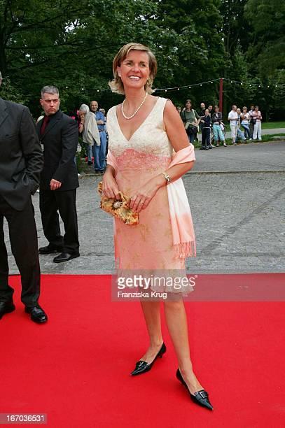 Autorin Hera Lind Bei Der Verleihung Des Brisant Brillant Im Tipi Zelt Am Kanzleramt In Berlin Am 030905