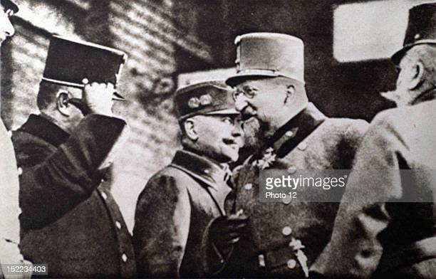 Autriche World War I Tsar Ferdinand I of Bulgaria meeting with Austrian officers in Vienna in the course of a military review