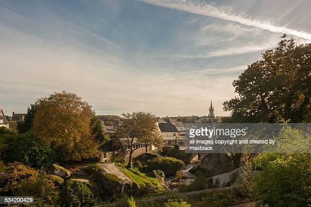 autumn at huelgoat. - village photos et images de collection