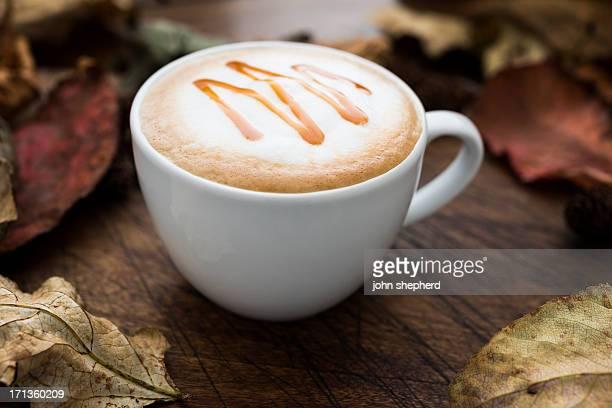 Herbst-Karamell-Kaffee