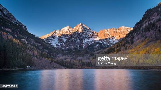 autumn colors at maroon bells and lake - maroon bells stock photos and pictures
