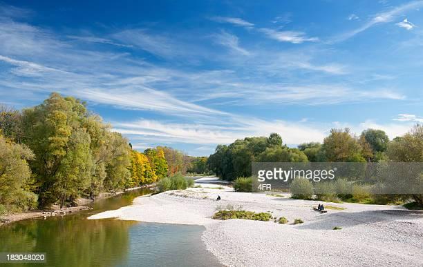 Herbst Farben, River Isar in München, Bayern, Deutschland Panorama (XXXL