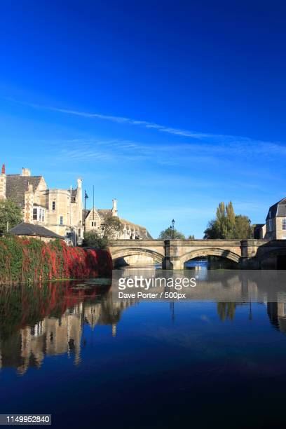 autumn colours, river welland bridge, georgian market town of st - lincolnshire stock pictures, royalty-free photos & images