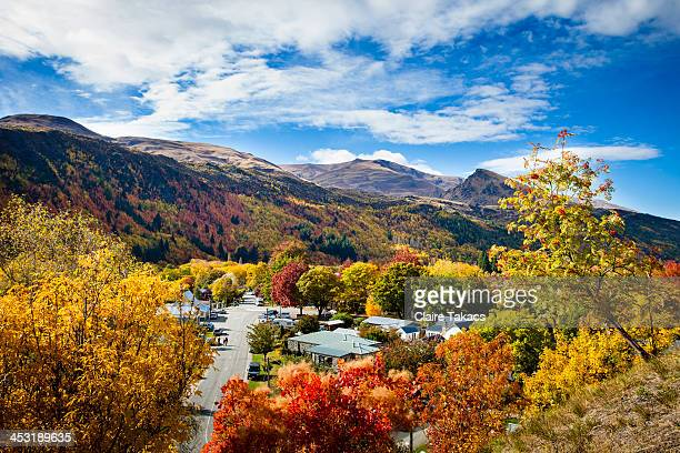 autumn foliage in arrowtown, central otago, new ze - arrowtown stock pictures, royalty-free photos & images