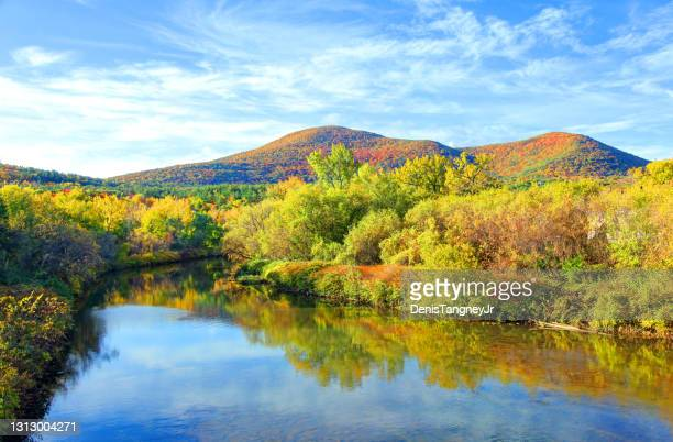 autumn in the berkshires near williamstown - massachusetts stock pictures, royalty-free photos & images