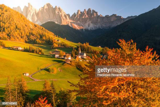 autumn in the dolomites alps - alpes maritimes stock pictures, royalty-free photos & images
