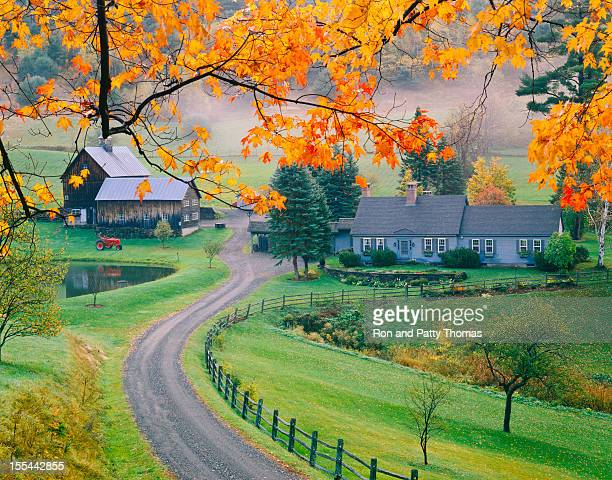 autumn in vermont - vermont stock pictures, royalty-free photos & images