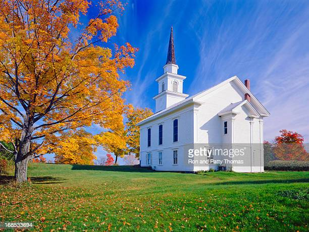 autumn in vermont - church stock pictures, royalty-free photos & images
