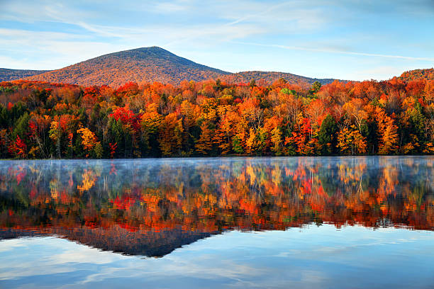 autumn in vermont - horizontal stock pictures, royalty-free photos & images