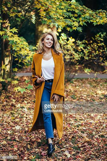 autumn photo of a beautiful girl - a fall from grace stock pictures, royalty-free photos & images