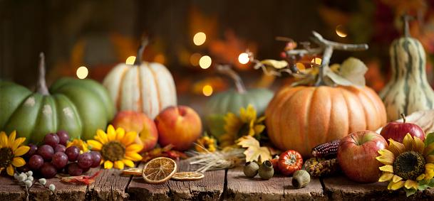 Autumn Pumpkin Background on Wood 1164781234