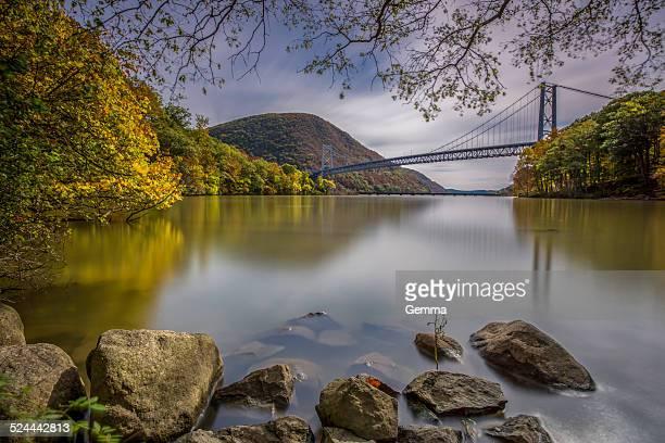 autumn reflections - bear mountain bridge stock pictures, royalty-free photos & images