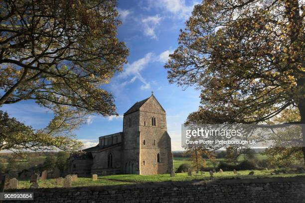 autumn, st michaels church, wadenhoe village, - northamptonshire stock pictures, royalty-free photos & images