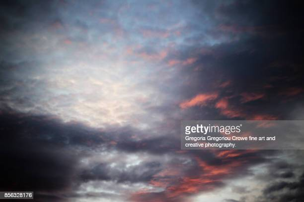 autumn sunrise sky - gregoria gregoriou crowe fine art and creative photography stock-fotos und bilder