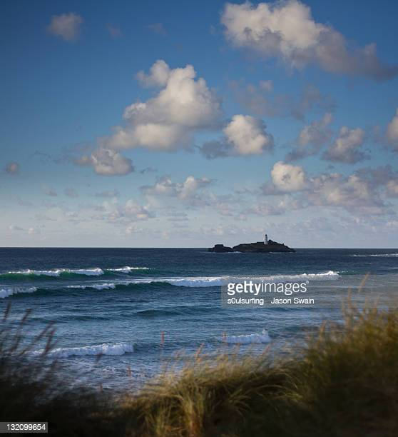 autumn swells - s0ulsurfing stock pictures, royalty-free photos & images