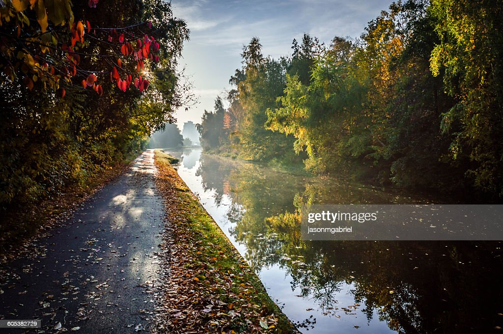 Autumn Towpath, Leeds, England, UK : Stock Photo