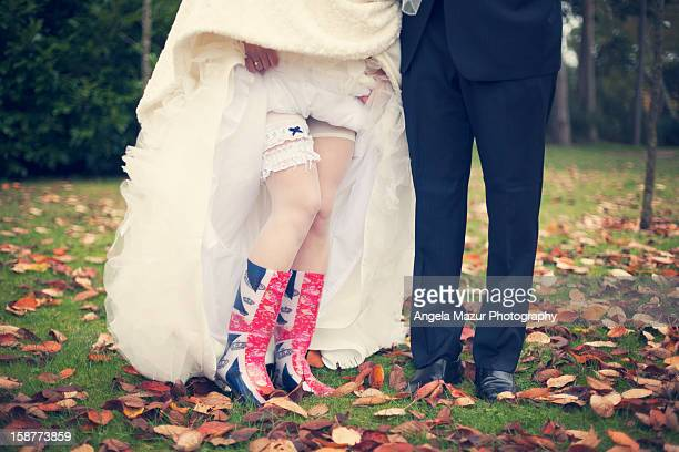 autumn wedding in wellies. - jarretel stockfoto's en -beelden