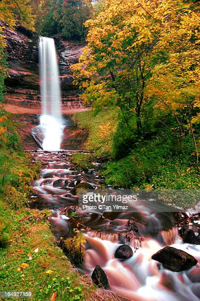 autumnal chute - munising michigan stock pictures, royalty-free photos & images
