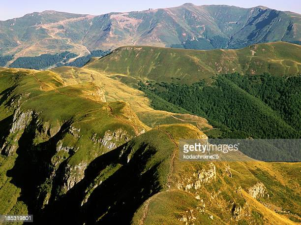 auvergne - volcanic terrain stock pictures, royalty-free photos & images