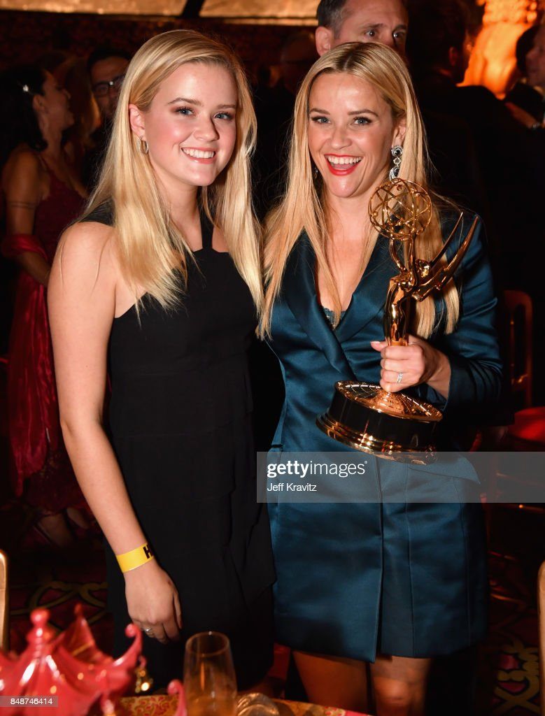 Ava Elizabeth Phillippe (L) and Reese Witherspoon attend the HBO's Official 2017 Emmy After Party at The Plaza at the Pacific Design Center on September 17, 2017 in Los Angeles, California.