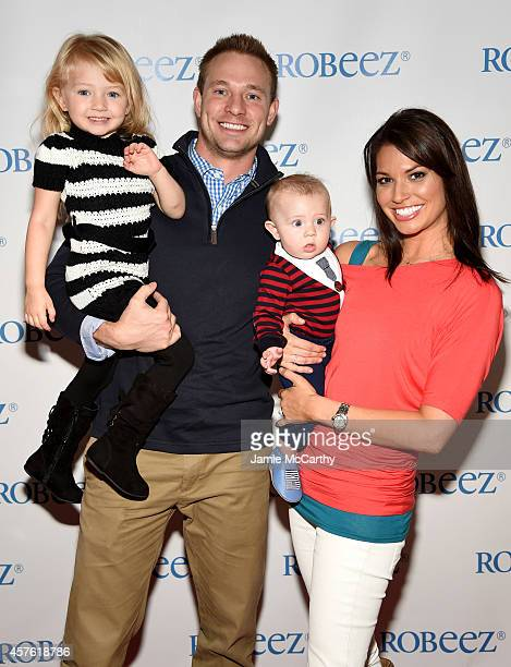 Ava Grace Strickland Tye Strickland Beckett Thomas Strickland and Melissa Rycroft attend Robeez 20th Anniversary at New York City's Sugar Factory on...