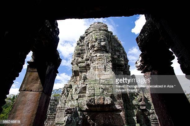 avalokiteshvara statue, bayon temple -  brajeul sylvain photos et images de collection