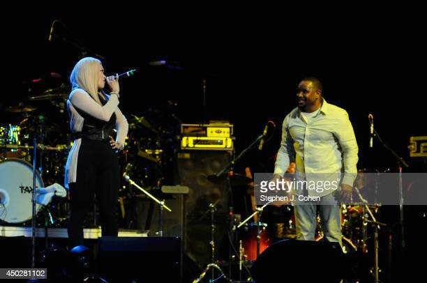 Avant and Keke Wyatt performs during the 2014 Midwest Music Festival at the KFC YUM Center on June 7 2014 in Louisville Kentucky