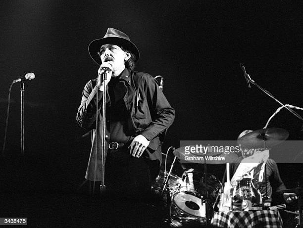 Avantgarde blues/rock singer and songwriter Captain Beefheart on stage with drummer Robert Williams of the Magic Band Beefheart retired from music in...