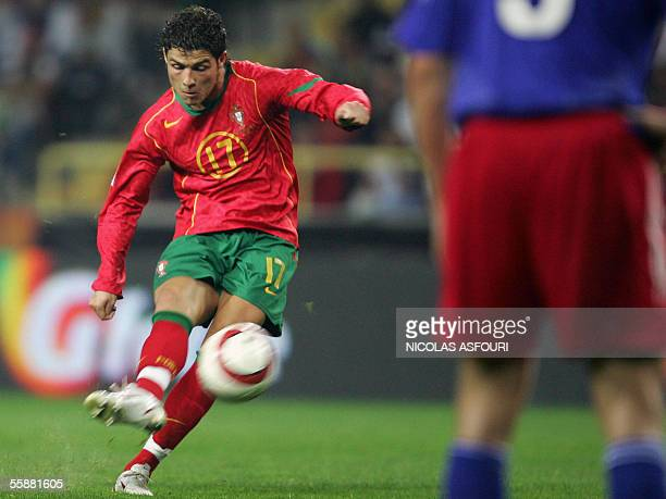 Portugal's Cristiano Ronaldo shoots a free kick during the World Cup 2006 qualifier football match at the estadio municipal in Aveiro 08 October 2005...