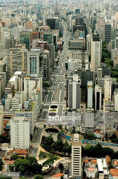 avenida paulista vista aérea - vista aérea stock pictures, royalty-free photos & images