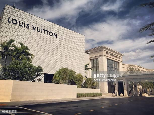 Aventura shopping mall, Florida, USA