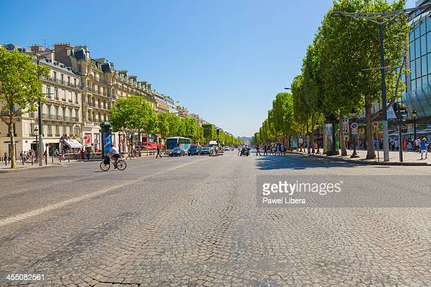Avenue ChampsElysees