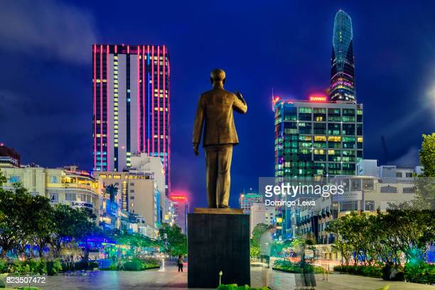 avenue nguyen hue, ho chi min city, vietnam - boulevard stock pictures, royalty-free photos & images