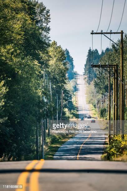 0 avenue road in british columbia straddling the canada–united states border - francesco riccardo iacomino united states foto e immagini stock