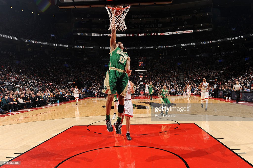 Avery Bradley #0 of the Boston Celtics goes for the layup during the game against the Toronto Raptors on March 18, 2016 at the Air Canada Centre in Toronto, Ontario, Canada.