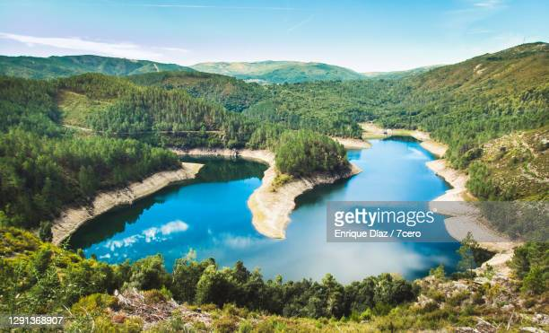 avia river - galicia fotografías e imágenes de stock